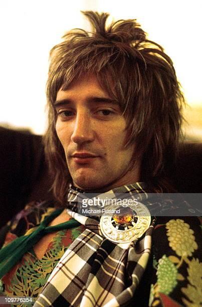 Portrait of Faces singer Rod Stewart in 1973