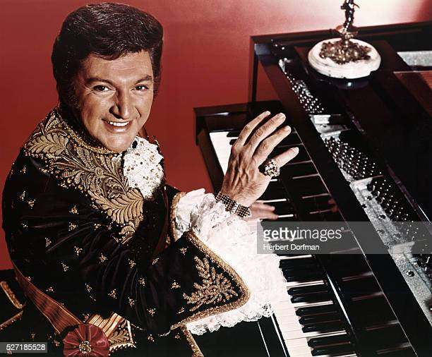 Liberace Pianist Stock Photos and Pictures | Getty Images