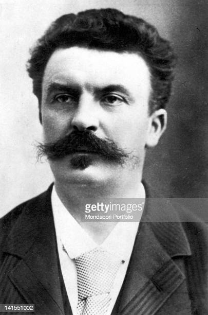 a biography of guy de maupassant a french author Henri rené albert guy de maupassant was a popular 19th-century french writer and considered one of the fathers of the modern short story a protégé of flaube.