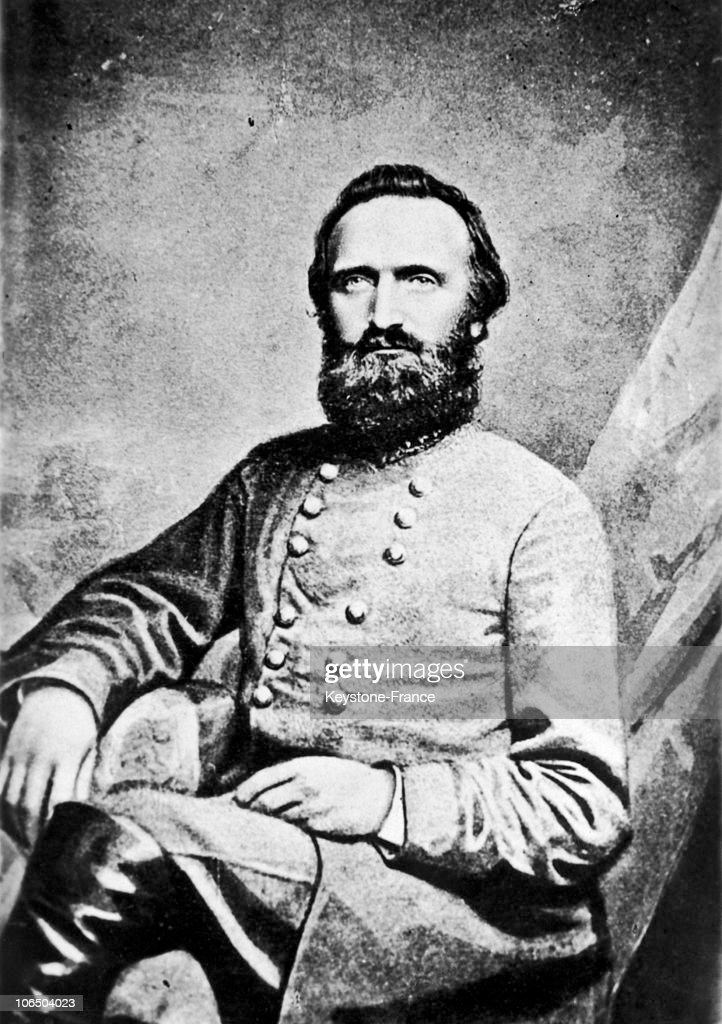 the life of stonewall jackson a confederate commander in the civil war Jefferson davis: biography of jefferson davis, president of the confederate states of america throughout its existence during the american civil war.