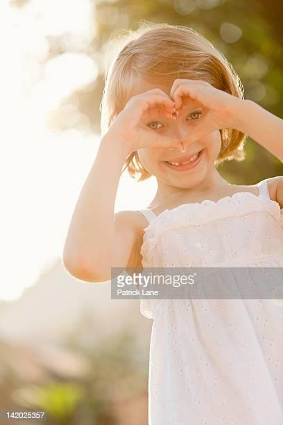 Portrait of girl (5-6) smiling