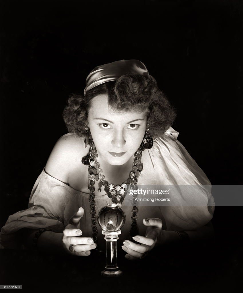 Portrait Of Gypsy & Crystal Ball. : Foto stock
