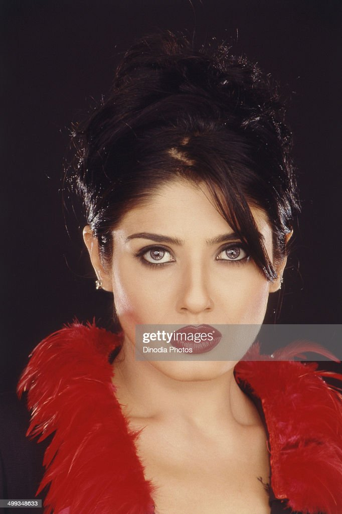 2003, Portrait of Indian film actress <a gi-track='captionPersonalityLinkClicked' href=/galleries/search?phrase=Raveena+Tandon&family=editorial&specificpeople=3007225 ng-click='$event.stopPropagation()'>Raveena Tandon</a>.