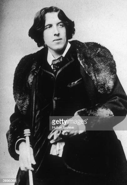 a biography of oscar wilde irish novelist The life of oscar wilde oscar wilde writer biography biography of oscar wilde, oscar wilde was an anglo irish playwright, novelist, poet, and critic he is regarded as one of the greatest playwrights of the victorian era in his lifetime he wrote nine plays.