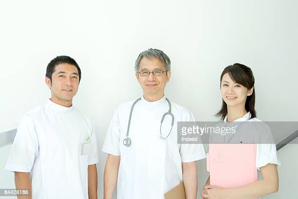 Portrait of Japanese male doctors and nurses