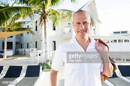 Portrait of man in tourist resort : Foto stock