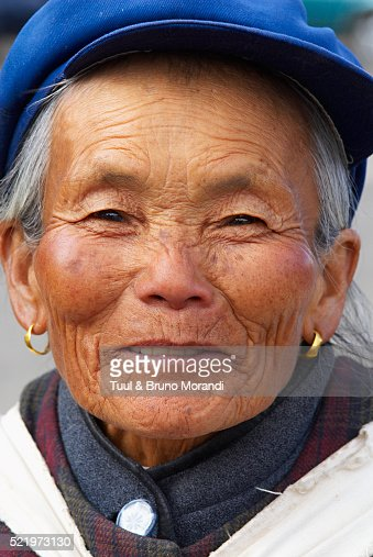 lijiang single girls Lijiang old town in yunnan province of southwest china has a history dating back 800 beautiful bali girls carrying lijiang old town street $ 499.