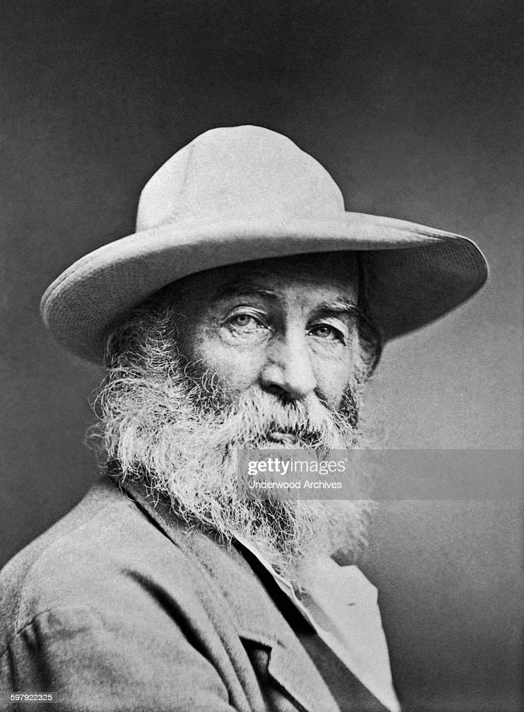 the life of walt whitman an american poet Leaves of grass the poems of walt whitman [selected] with introduction by ernest rhys laid upon walt whitman to sing the life-long love and walt whitman has not stinted the american people of opportunity to see and.
