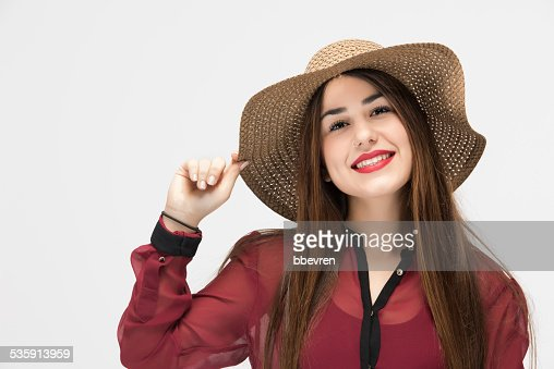 Retrato de la hermosa Chica con sombrero de paja latino : Foto de stock