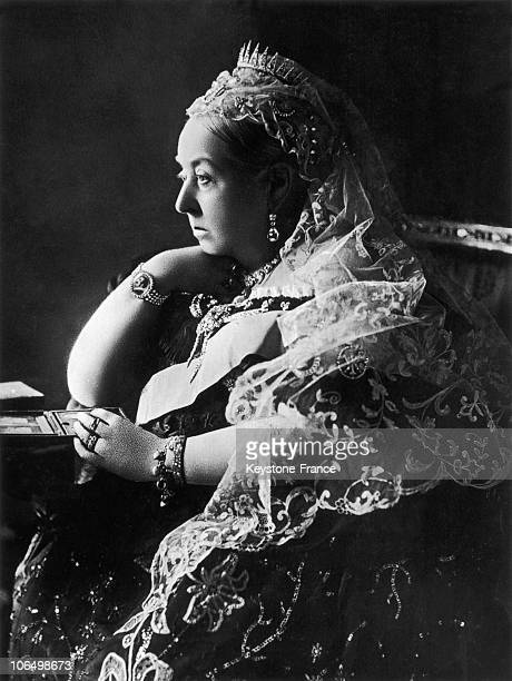Portrait Of Queen Victoria 1St Of England Around 18801890 She Has A Medaillon Attached To His Wrist Of His Deceased Husband Albert De Saxe Her Reign...