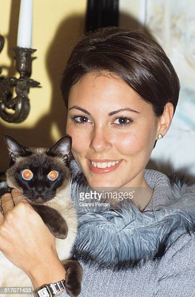 A portrait of Raquel Rodriguez Miss Spain 1994 with her cat 25th November 1998 Madrid Spain