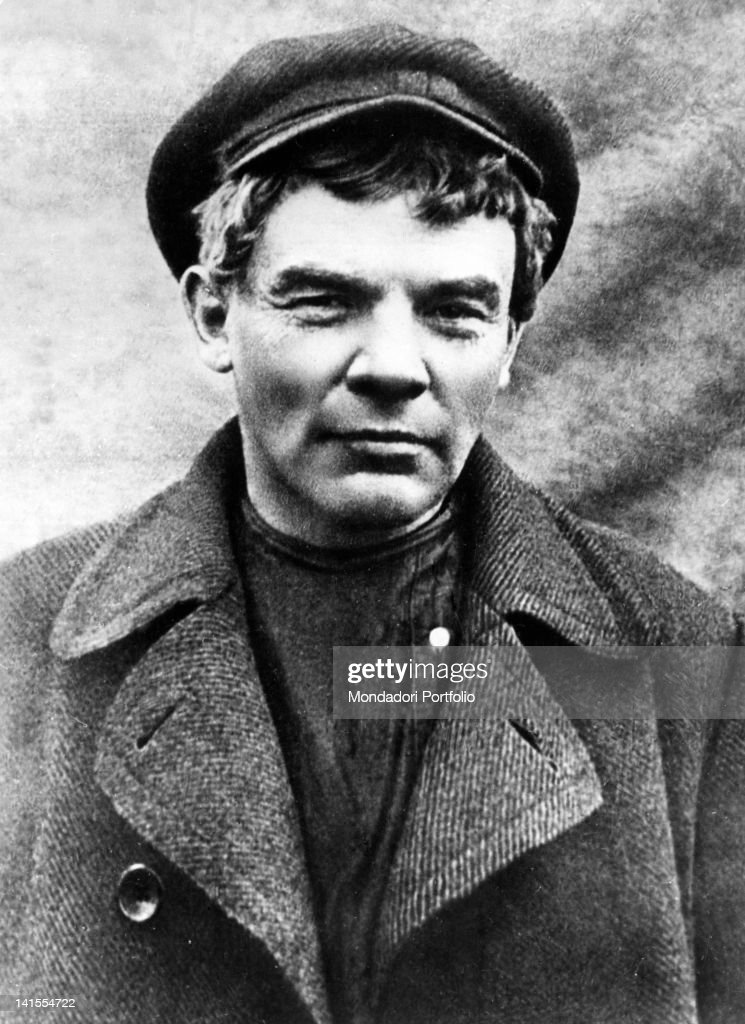Portrait of Russian revolutionary <a gi-track='captionPersonalityLinkClicked' href=/galleries/search?phrase=Lenin&family=editorial&specificpeople=77725 ng-click='$event.stopPropagation()'>Lenin</a> during his exile in Finland. Finland, 1917
