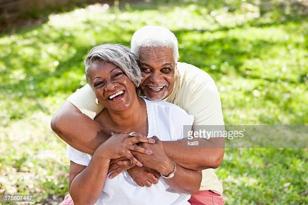 Portrait de couple afro-américain âgé
