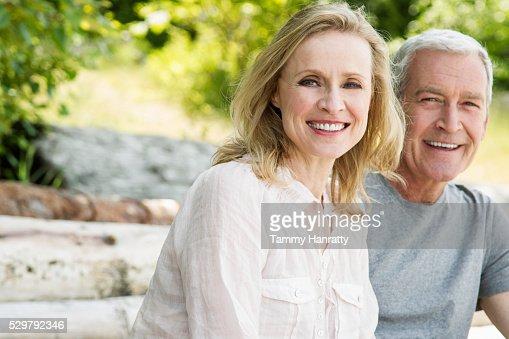 Portrait of senior couple : Photo