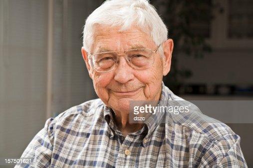 portrait of senior man in candid setting : Stock Photo