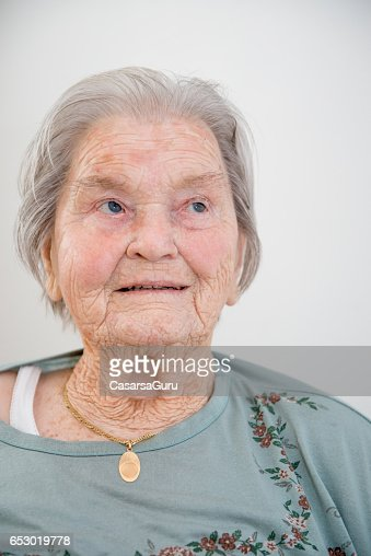 Portrait Of Senior Woman : Bildbanksbilder