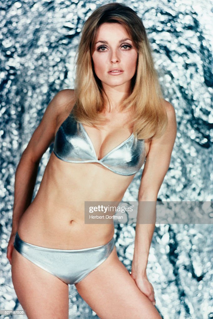 Portrait of <a gi-track='captionPersonalityLinkClicked' href=/galleries/search?phrase=Sharon+Tate&family=editorial&specificpeople=225003 ng-click='$event.stopPropagation()'>Sharon Tate</a>