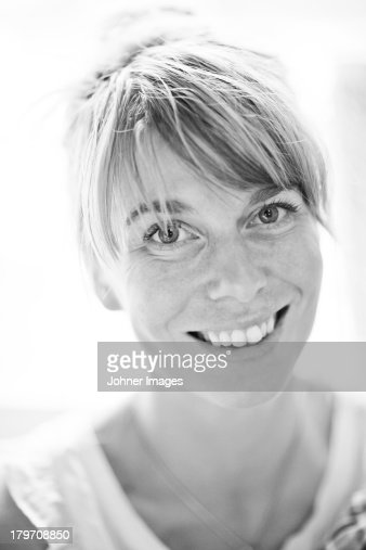 Portrait of smiling mid adult woman