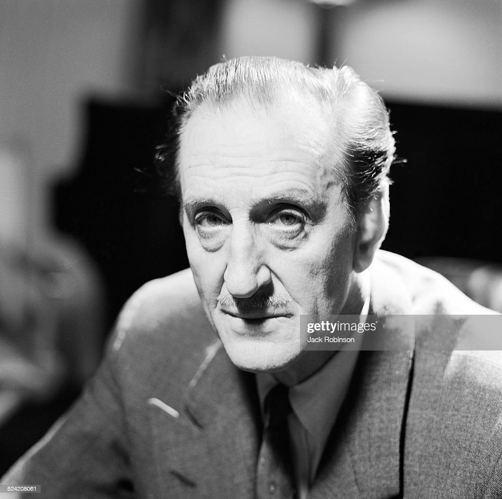 Portrait of South African-born British actor <a gi-track='captionPersonalityLinkClicked' href=/galleries/search?phrase=Basil+Rathbone&family=editorial&specificpeople=93122 ng-click='$event.stopPropagation()'>Basil Rathbone</a> (1892 - 1967), New York, New York, 1965.