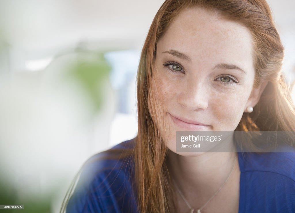 Portrait of teenage girl (14-15)