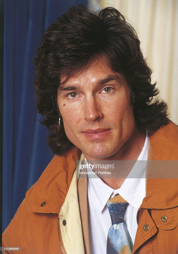 Portrait of the American actor Ronn Moss. 1990s - portrait-of-the-american-actor-ronn-moss-1990s-picture-id141560936