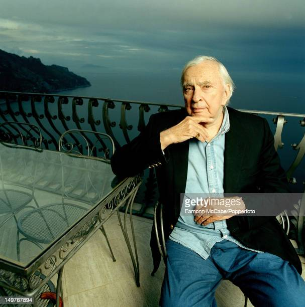gore vidal essay collection Selected essays has 227 ratings and 25 reviews mj said: this irresistible sampler of gore vidal's essays presents a lifetime spent thwarting the dunces.