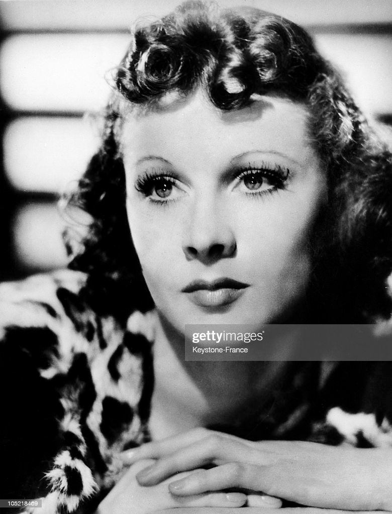 Portrait Of The British Actress Vivien Leigh Chosen To Play Scarlett O'Hara In The Film Gone With The Wind In January 1939