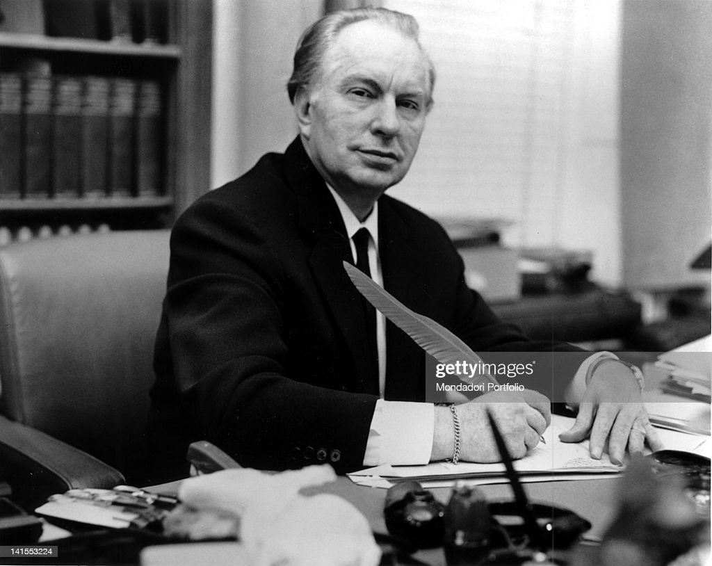 the literary works of l ron hubbard the founder of scientology Yet for the last five years of his life, l ron hubbard, founder of scientology, dwelt, a virtual prisoner of his own paranoia, a recluse in self-imposed exile, on a ranch in the desert of creston, california surrounded by a handful of trusted aides, he handed over the running of his multimillion dollar empire to a chosen few.