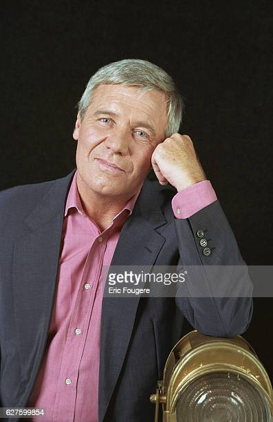 Portrait of the French TV presenter Bruno Masure Photo by Eric Fougere/Corbis Sygma