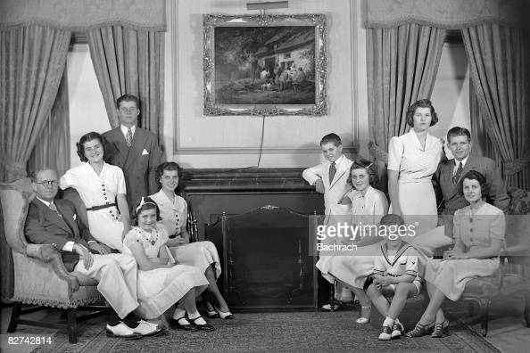 A portrait of the Kennedy family in their living room Bronxville New York 1938 From left are Joseph P Kennedy Sr Patricia Kennedy John F Kennedy Jean...