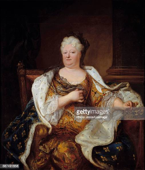 Portrait of the Princess Palatine Elizabeth Charlotte of Bavaria Duchess of Orleans Painting by Hyacinthe Rigaud 1713 132 x 19 m Castle Museum...