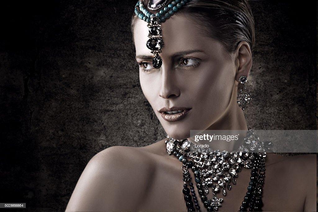 portrait of woman advertising luxury jewellery : Stock Photo