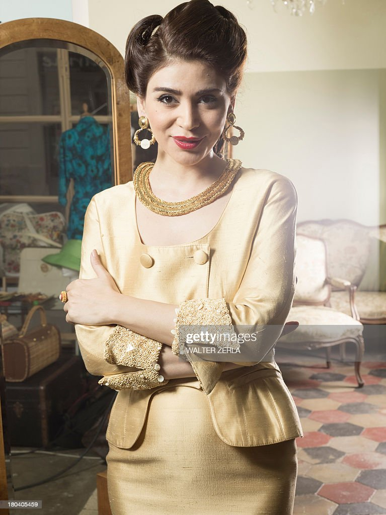 Portrait of woman in vintage clothes : Stock Photo
