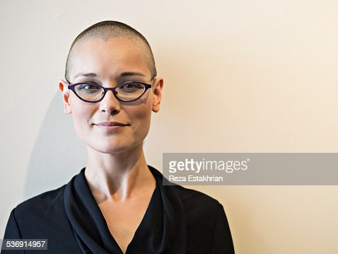 head photo shaved woman