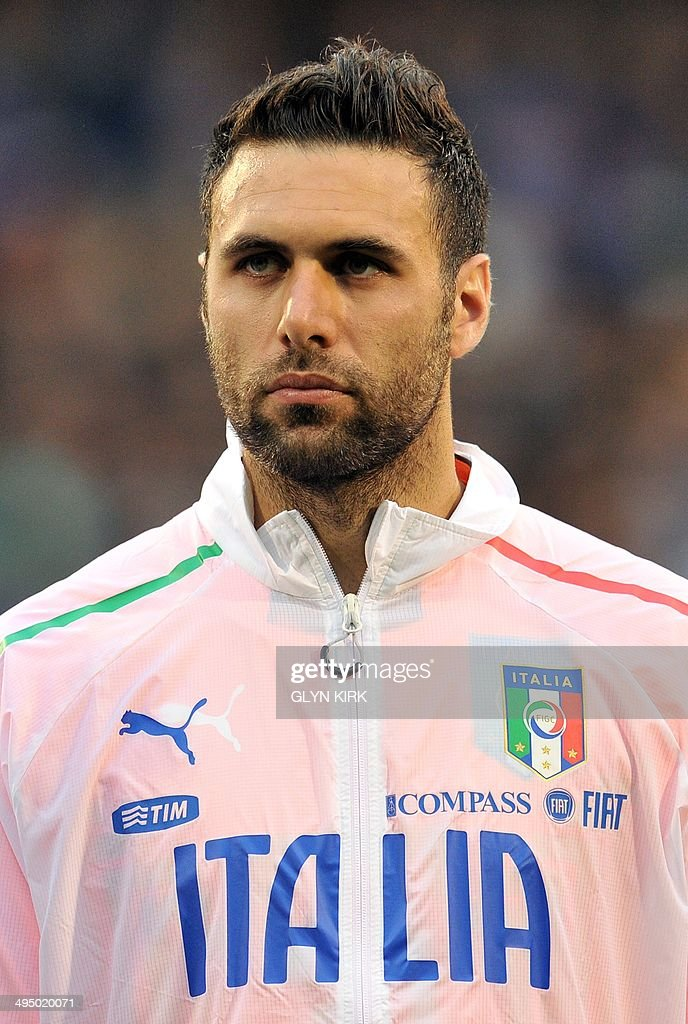 A portrait picture of Italy's goalkeeper Salvatore Sirigu before the international friendly football match between Italy and Republic of Ireland at Craven Cottage in London on May 31, 2014.