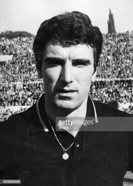 ... 1970 in Rome of goalkeeper <b>Dino Zoff</b> who played for the Italian national ... - portrait-taken-in-1970-in-rome-of-goalkeeper-dino-zoff-who-played-for-picture-id493895699?s=594x594