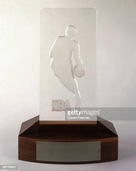 Portrait taken of the Rookie of the Year Trophy shot on March 20 1998 NOTE TO USER User expressly acknowledges and agrees that by downloading and/or...