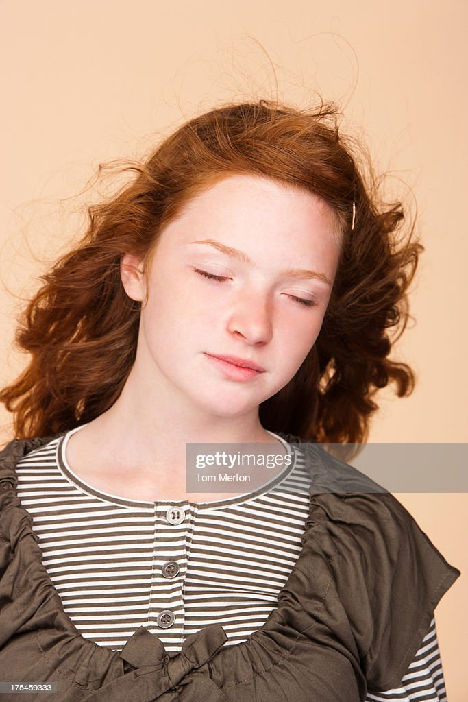 Portrait young girl with eyes closed : Stock Photo