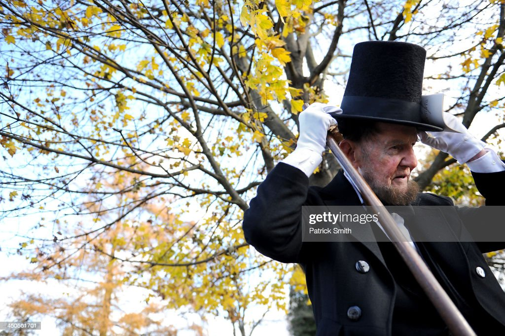 Portraying U.S. President Abraham Lincoln, James Getty, stands behind stage before reciting the Gettysburg Address during a commemoration of the 150th Anniversary of the Gettysburg Address at the Soldiers' National Cemetery at Gettysburg National Military Park on November 19, 2013 in Gettysburg, Pennsylvania. The iconic Gettysburg Address speech was first given by U.S. President Abraham Lincoln in 1863 during the Civil War.
