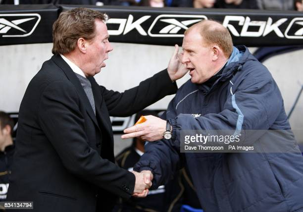Portsmouth manager Harry Redknapp and Bolton Wanderers manager Gary Megson shake hands prior to kick off