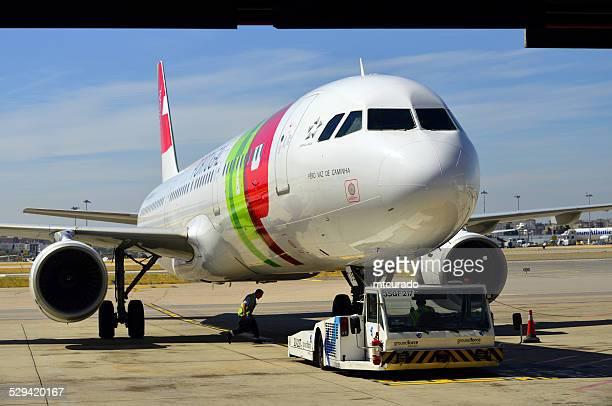Toque em Portugal aeronaves no Aeroporto de Lisboa