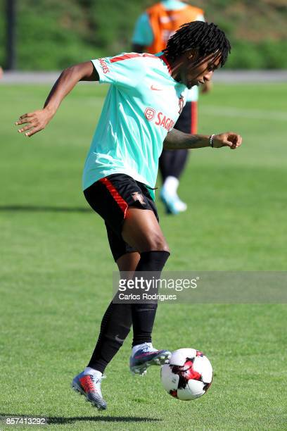 Portugal forward Gelson Martins during Portugal Training Session and Press Conference the at Cidade do Futebol on October 04 2017 in Lisbon Portugal