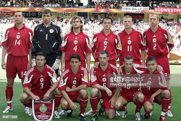 The Latvian football team poses 19 June 2004 at Bessa stadium in Porto prior to their Euro 2004 football match against Germany at the European...