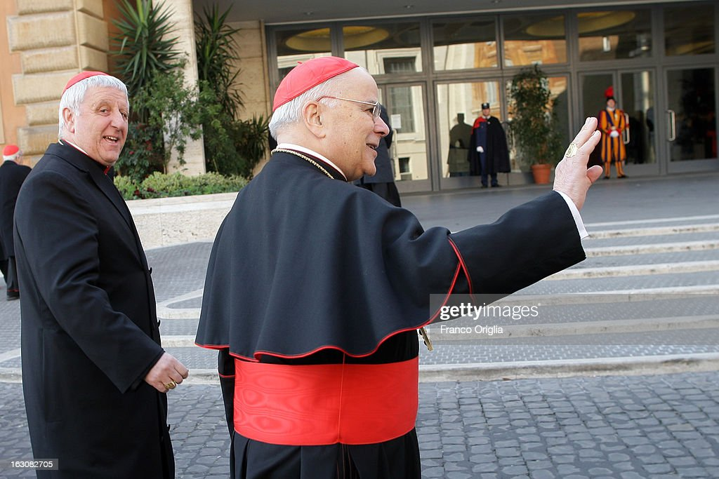 Portugal's cardinal Saraiva Martins arrives at the Paul VI hall for the opening of the Cardinals' Congregations on March 4, 2013 in Vatican City, Vatican.The congregations of cardinals will continue until all cardinal electors have arrived in Rome, whereupon the College will decide on the start-date of the Conclave to elect a new Pope.