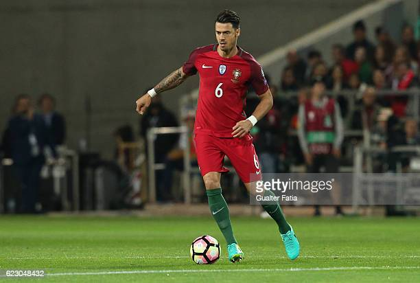 Portugal's defender Jose Fonte in action during the FIFA 2018 World Cup Qualifier match between Portugal and Latvia at Estadio Algarve on November 13...