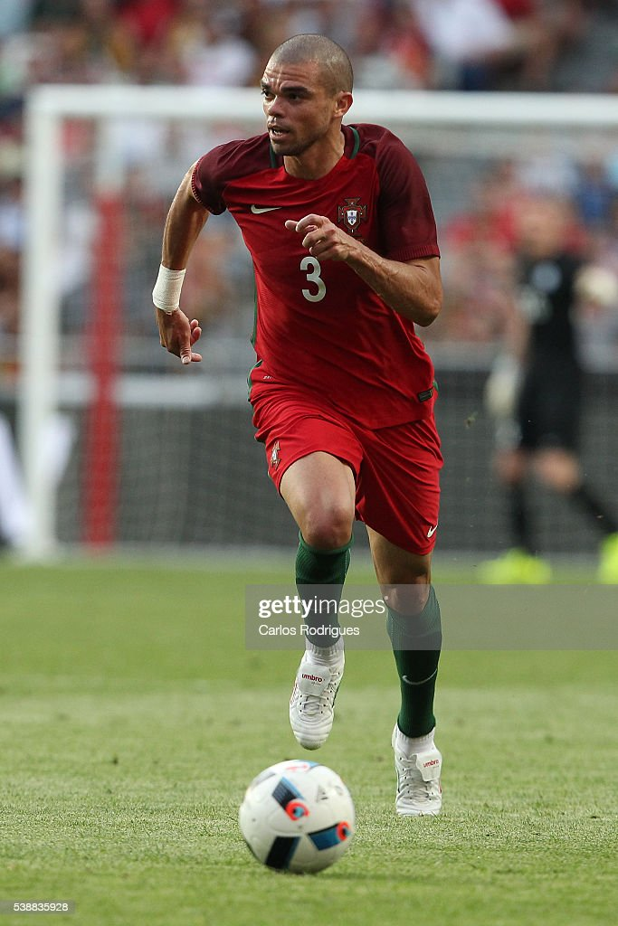 Portugal's defender <a gi-track='captionPersonalityLinkClicked' href=/galleries/search?phrase=Pepe+-+Portuguese+Soccer+Player&family=editorial&specificpeople=4401229 ng-click='$event.stopPropagation()'>Pepe</a> during the International Friendly match between Portugal and Estonia in preparation for Euro 2016 at Estadio da Luz on June 08, 2016 in Lisbon, Portugal.