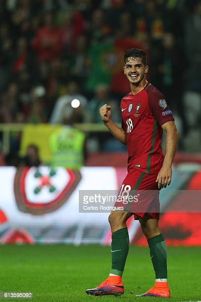 Portugal's forward Andre Silva celebrates scoring Portugal sitx goal during FIFA 2018 World Cup Qualifier between Portugal and Andorraat Estadio...