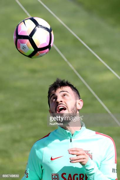 Portugals forward Bernardo Silva in action during a training session at quotCidade do Futebolquot training camp in Oeiras outskirts of Lisbon on...