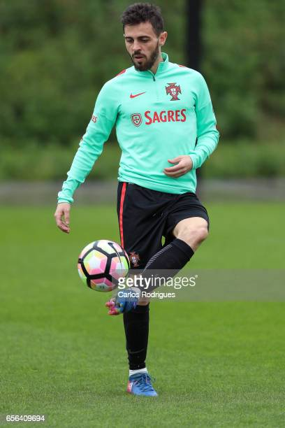 Portugal's midfielder Bernardo Silva during a Portugal training session at Cidade do Futebol on March 22 2017 in Lisbon Portugal