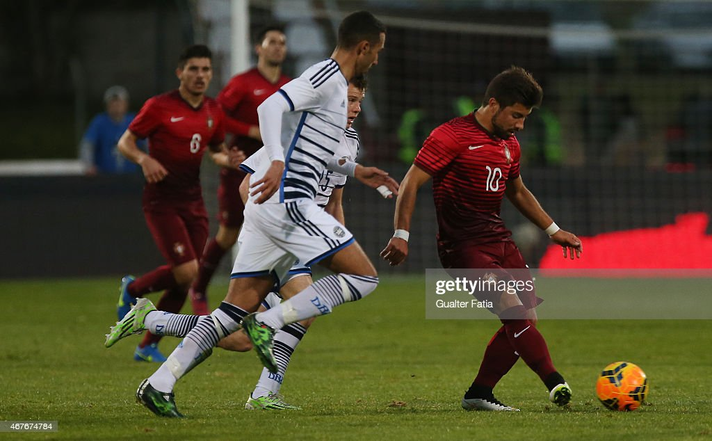 Portugal's midfielder Toze in action during the U21 International Friendly between Portugal and Denmark on March 26, 2015 in Marinha Grande, Portugal.